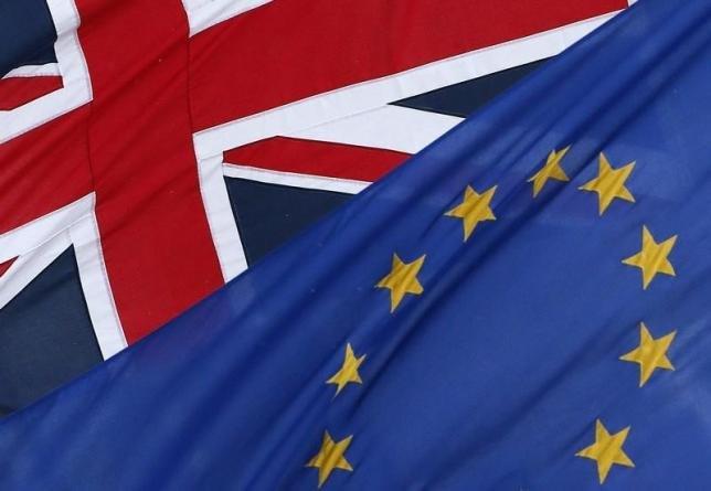 Британский фунт упал после заявлений мэра Лондона о поддержке выхода страны из ЕС
